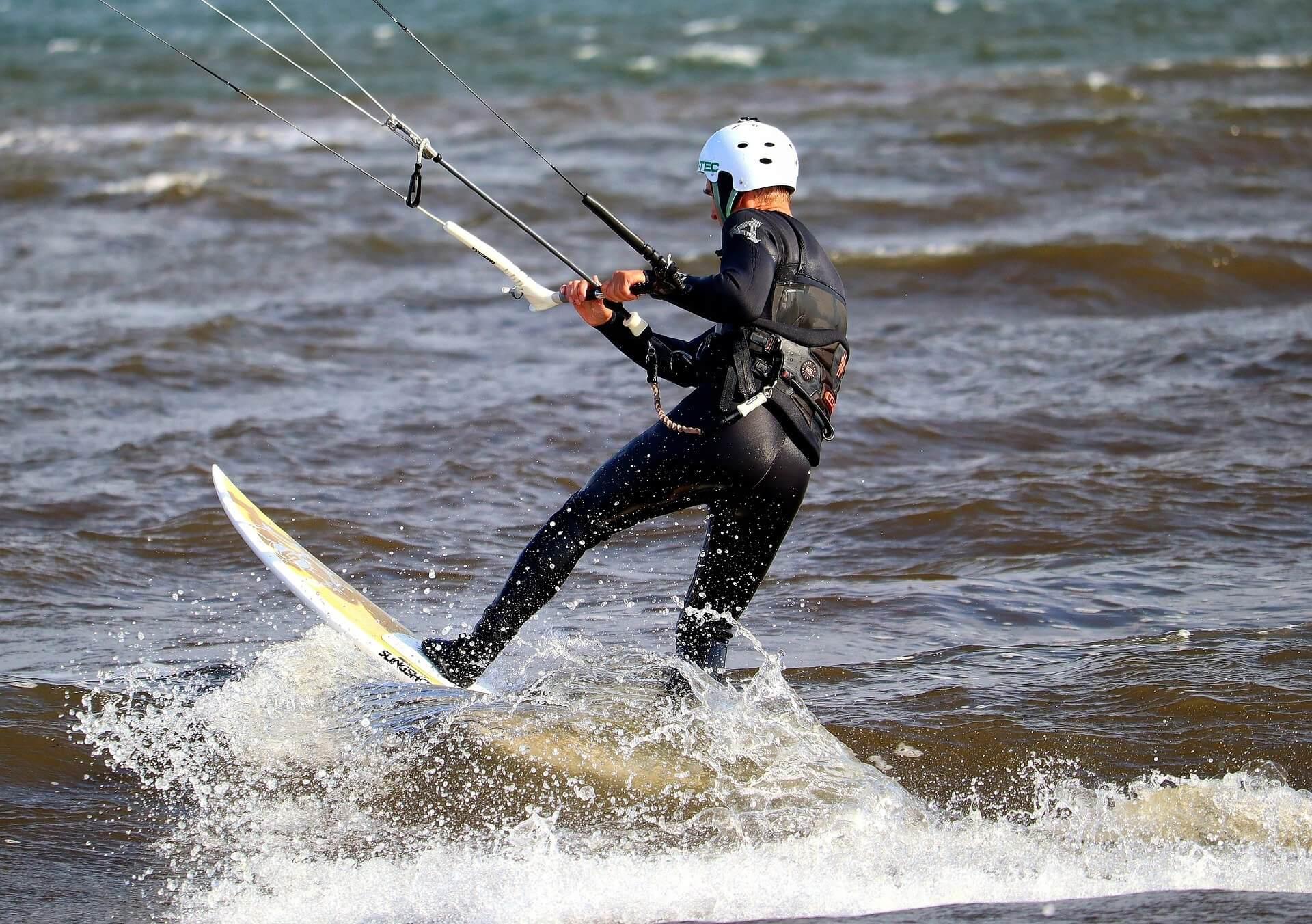 Autour de La FabriK' en Baie : Kitesurf